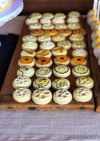 Gender Reveal Bee Cookies.KCB