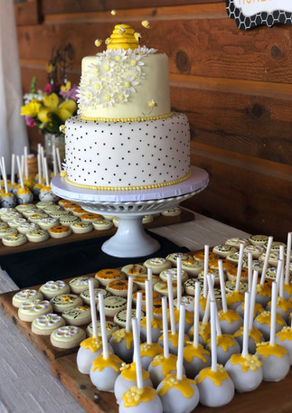 Bee Cookies & Cake Pop Set.KCB