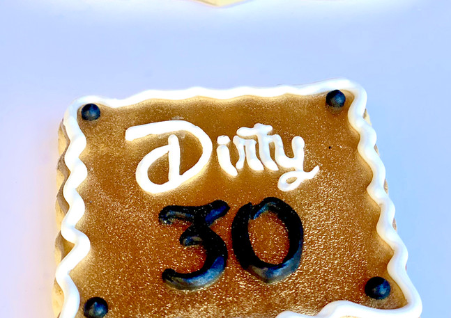 Dirty Thirty Cookies.KCB