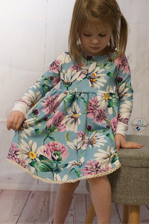 Kleid Größe 104