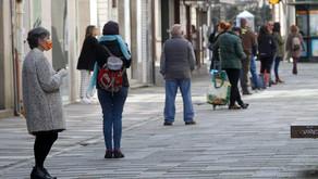 Los gallegos desbordan las gestorías con los trámites digitales más simples