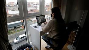 Un sueldo que cambia según donde teletrabajes: ¿es posible en España?
