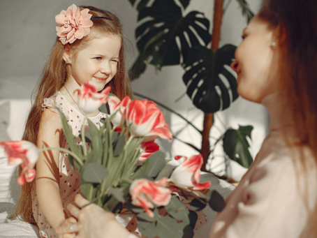 HOW TO MAKE MOTHER'S DAY MEMORIES THIS YEAR