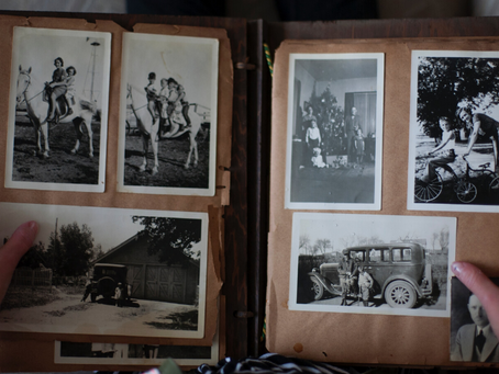 PRESERVING AND DIGITIZING OLD FAMILY PHOTOS