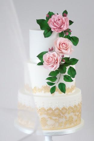 wedding cake 2.2.jpg