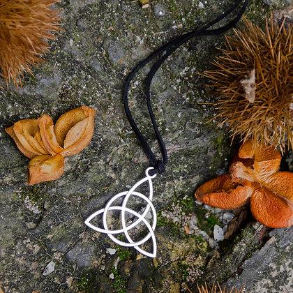 Small Triqueta Necklace