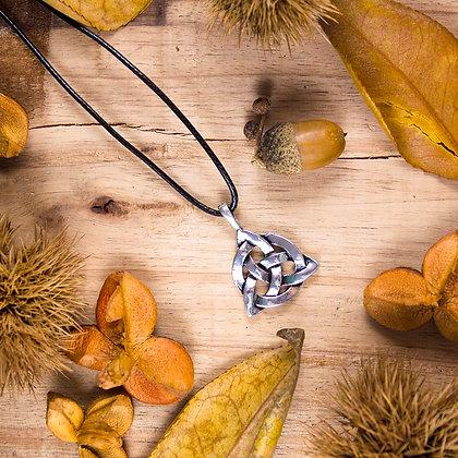 Triqueta Necklace