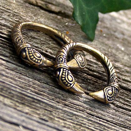 Raven Torques Ring [Bronze]