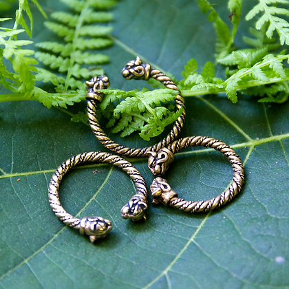 Cat Torques Ring [Bronze]
