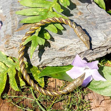 Raven Torques Bracelet [Bronze]