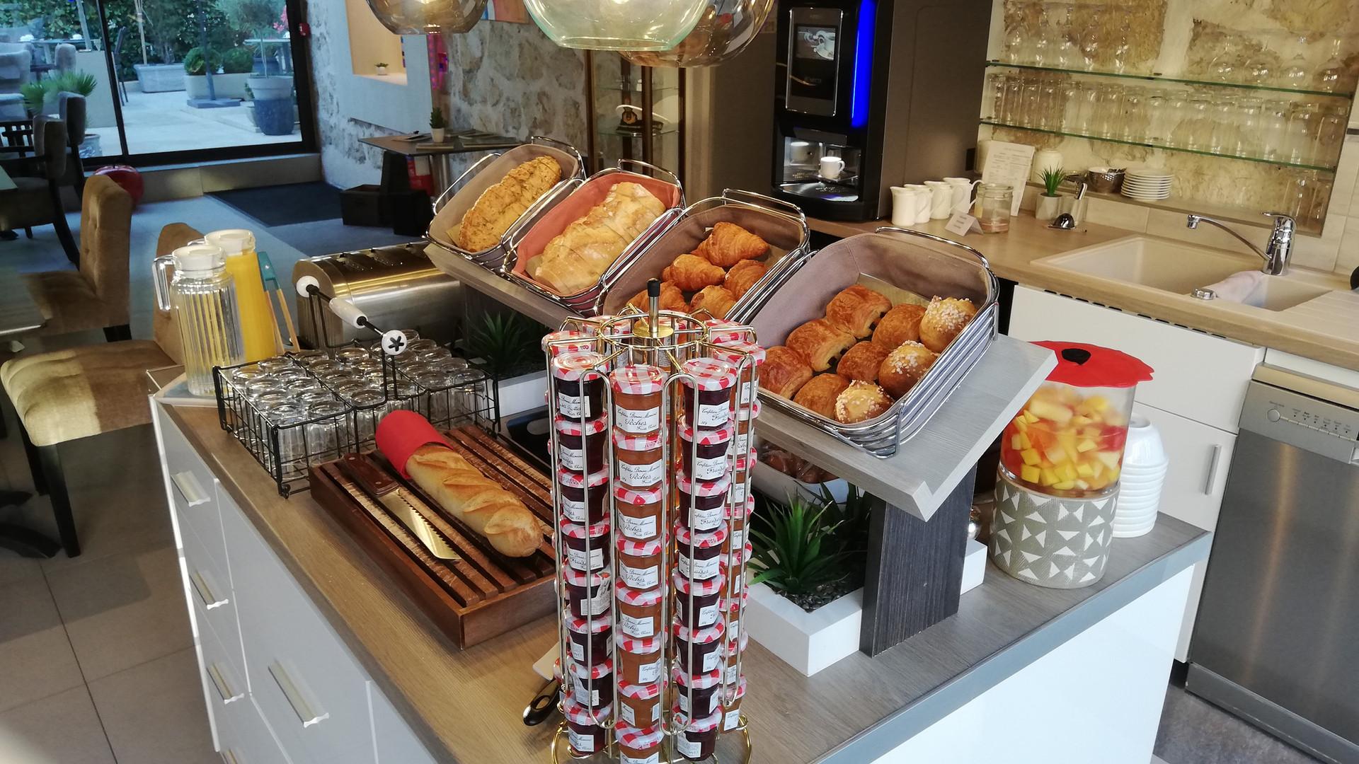Buffet petit dejeuner