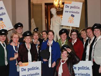 Cravattendag CD&V Politica: 'de politie, uw vriendin?'