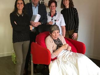 Nieuwe relaxzetels voor bewoners met dementie in woonzorgcentrum De Motten