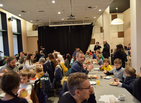 Youth Council Hoeilaart - Fairtrade breakfast and film for LEEF Foundation