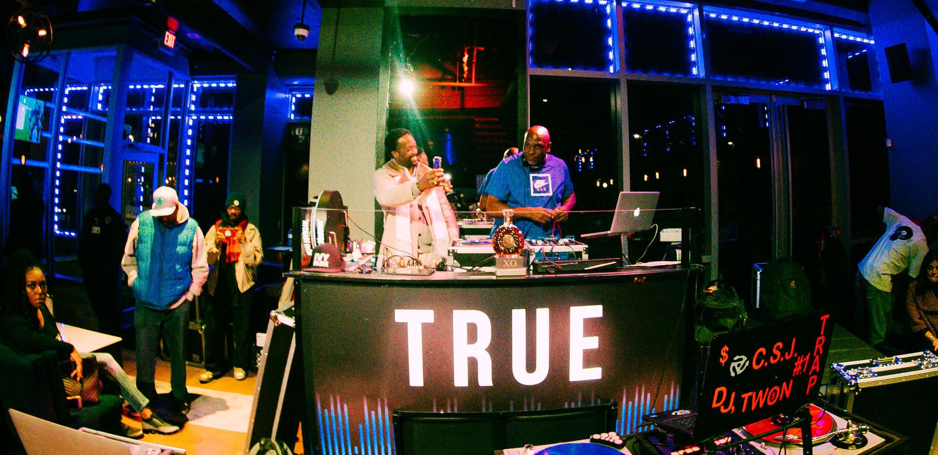 DJ+Blend+Battle+%40++True+%2848+of+247%2