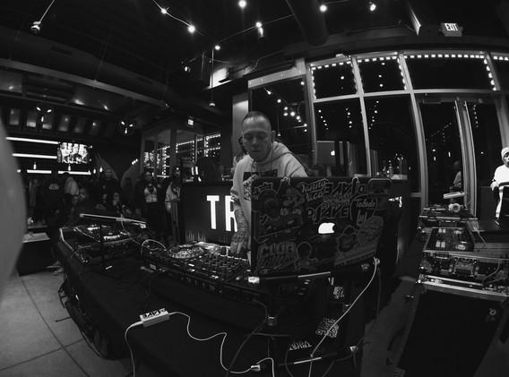 DJ+Blend+Battle+%40++True+%28152+of+248%