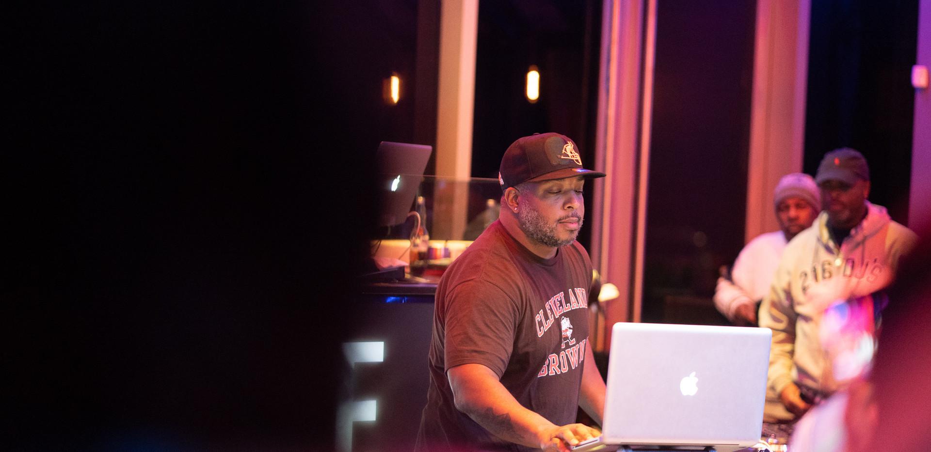 DJ+Blend+Battle+%40++True+%28108+of+248%