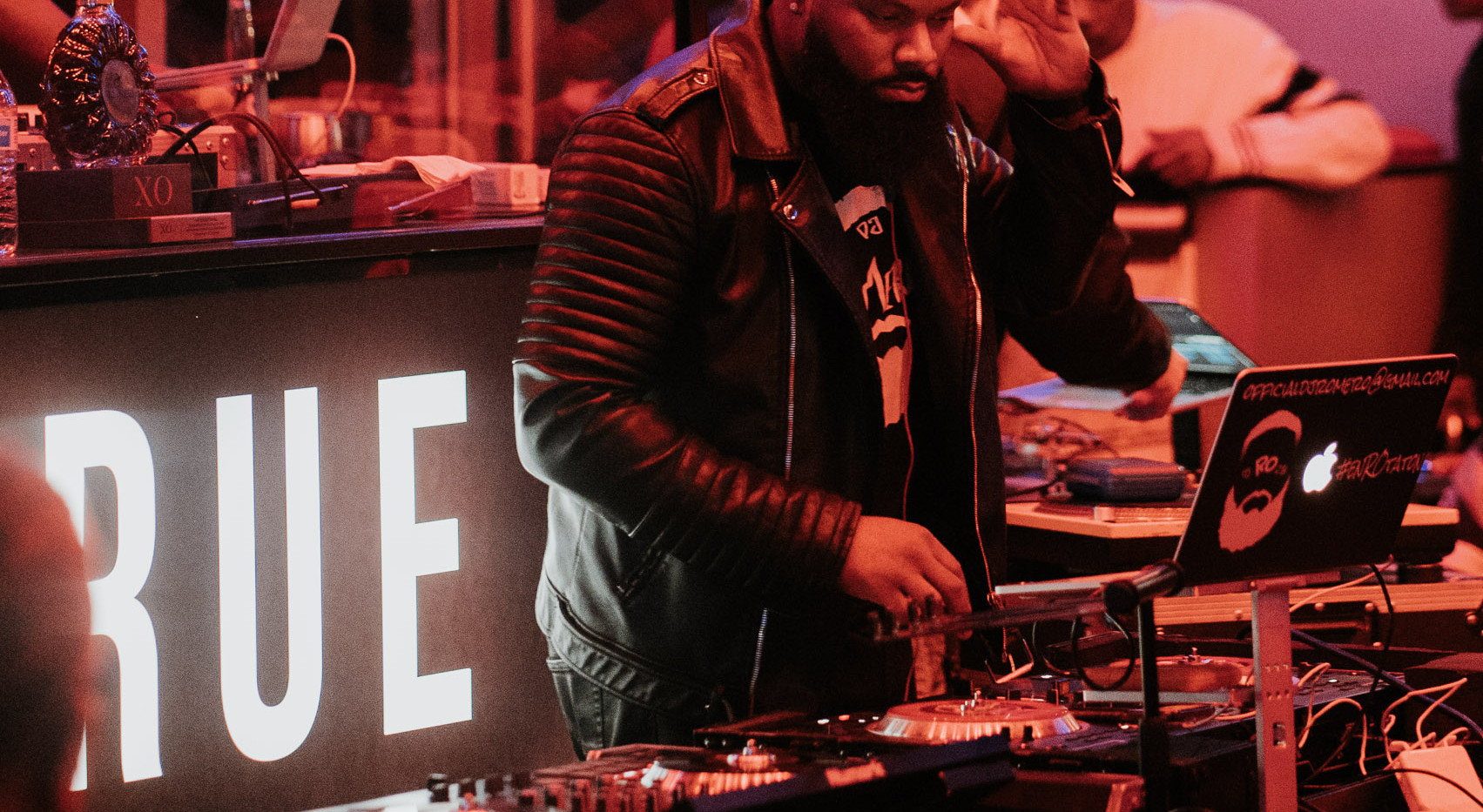 DJ+Blend+Battle+%40++True+%2815+of+247%2