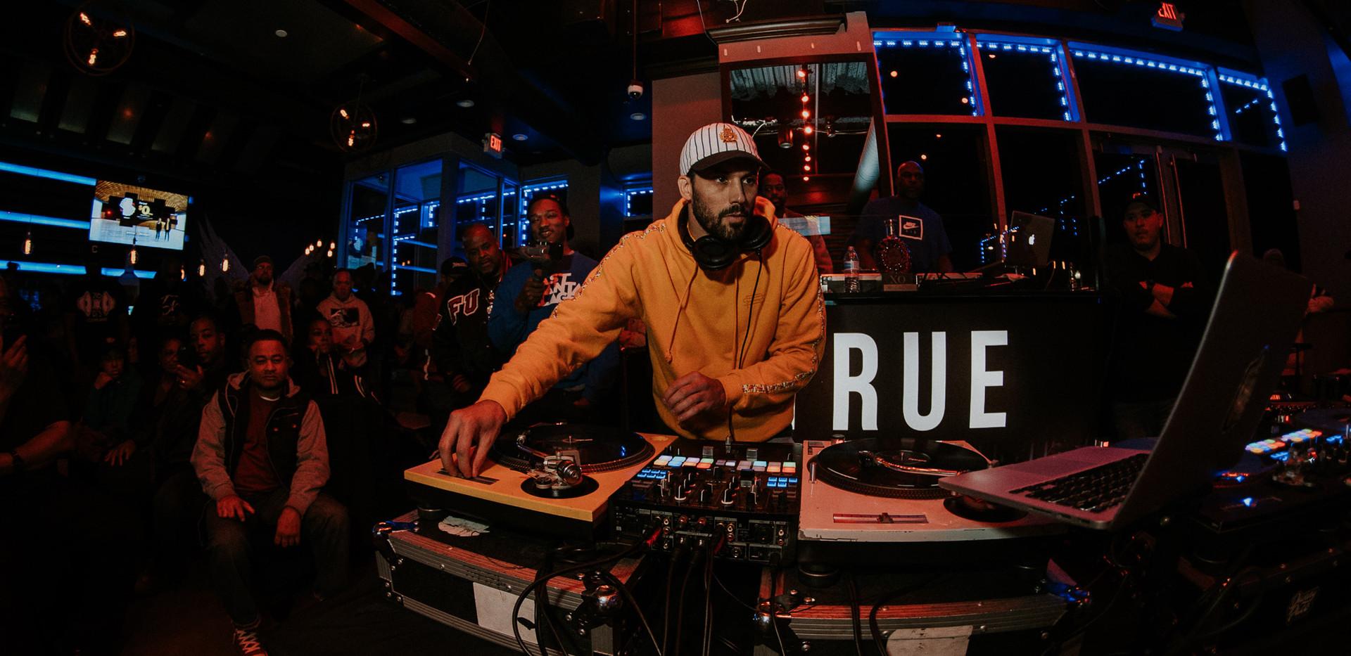 DJ+Blend+Battle+%40++True+%2887+of+248%2