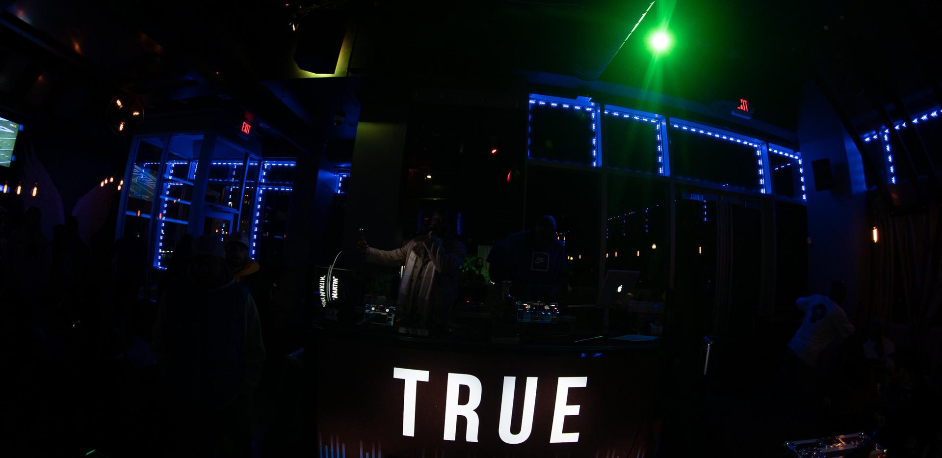 DJ+Blend+Battle+%40++True+%28187+of+248%