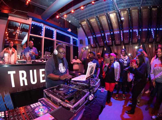DJ+Blend+Battle+%40++True+%2844+of+247%2