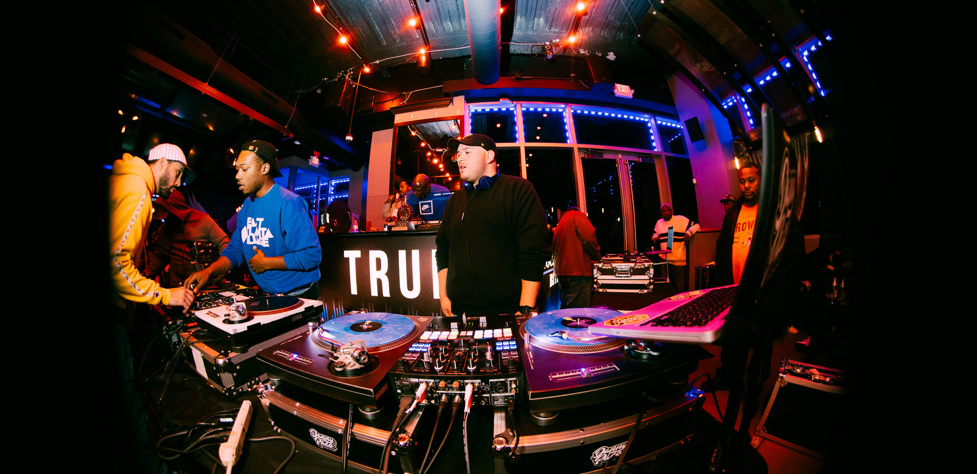 DJ+Blend+Battle+%40++True+%2873+of+248%2