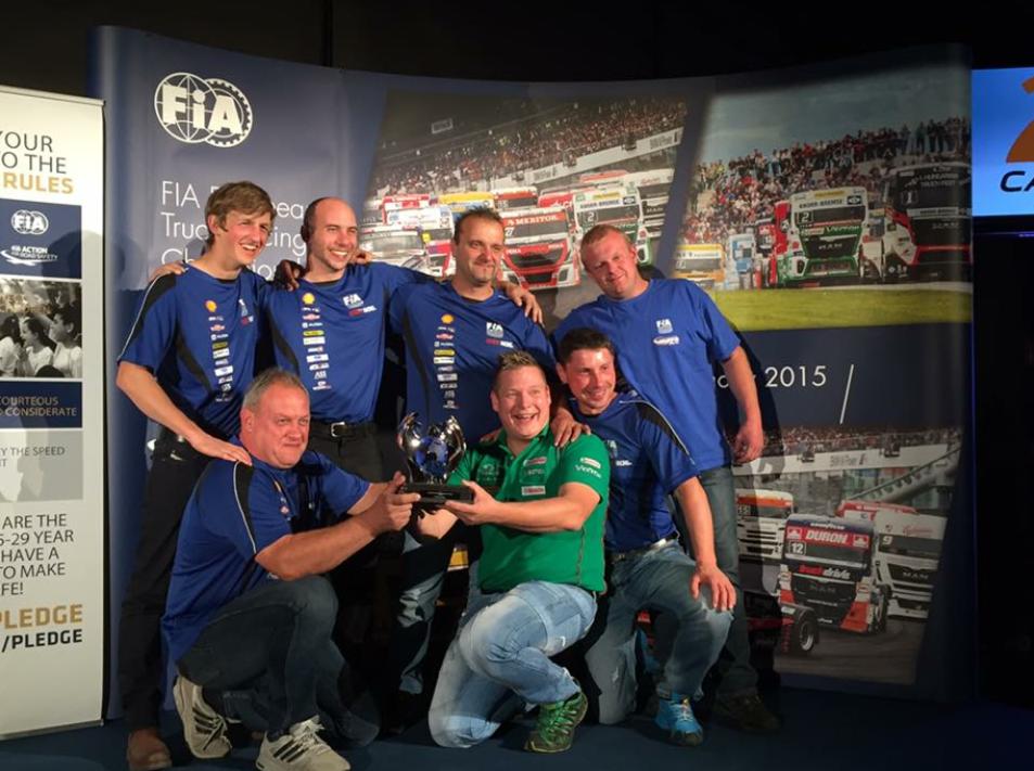 Reinert Racing_ Steffi Halm_Unit 8 Motorsport Systems_Le Mans 2015
