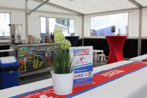 Hospitality_Marquee_Unit 8 Motorsport Systems (6)