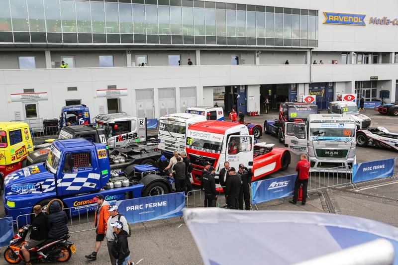 picture_T_Sport_Racing_Nürburgring_(11)