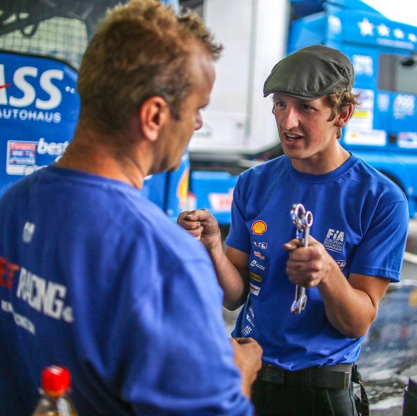 Reinert Racing_ Steffi Halm_Unit 8 Motorsport Systems_Victory (2)
