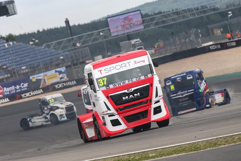 picture_T_Sport_Racing_Nürburgring_(4)
