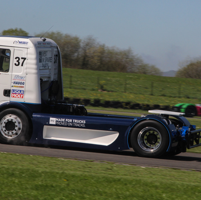 T Sport Racing_Pembrey_video (8)