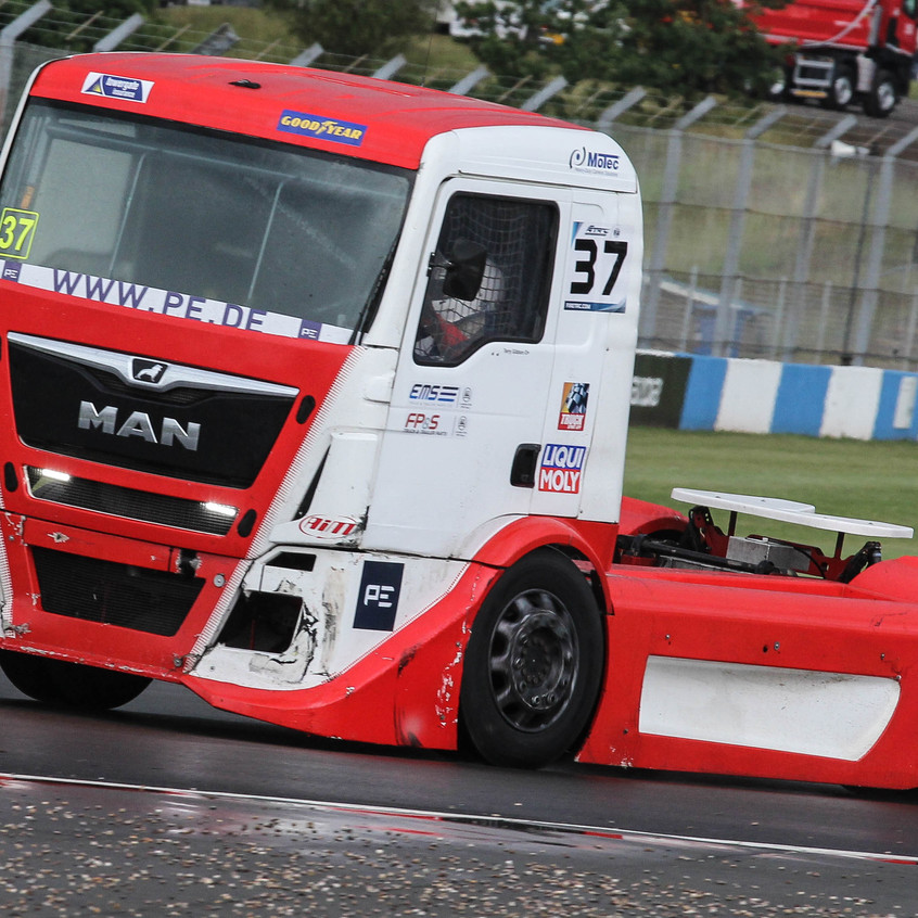 T Sport Racing_picture_Donington (9)