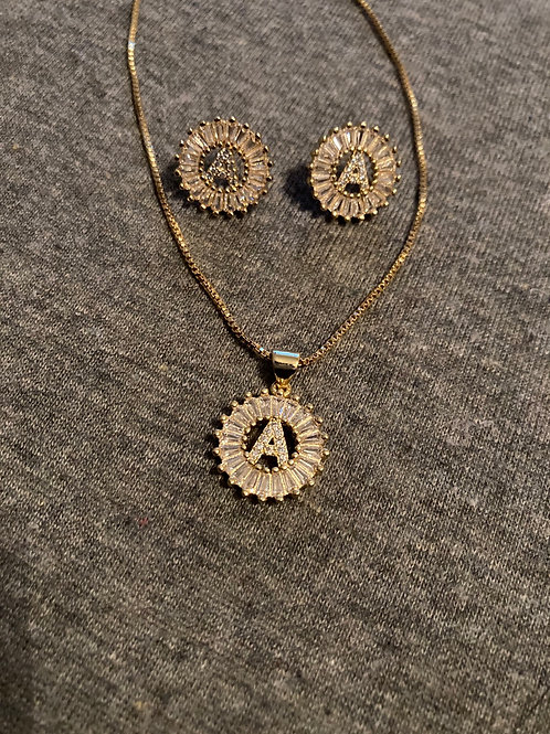 Initial set (earrings and chain included)