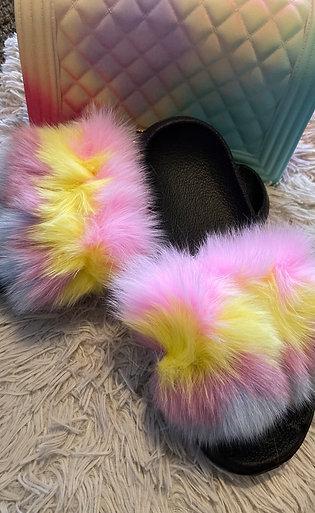 Fur slides set size 9-10