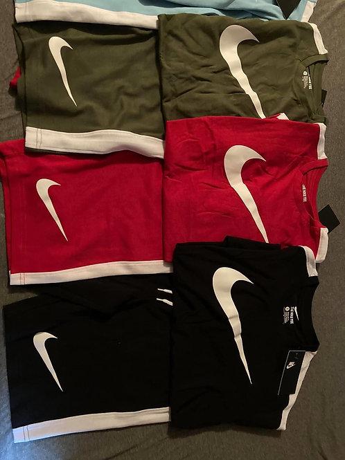 Men Nike sets true to size
