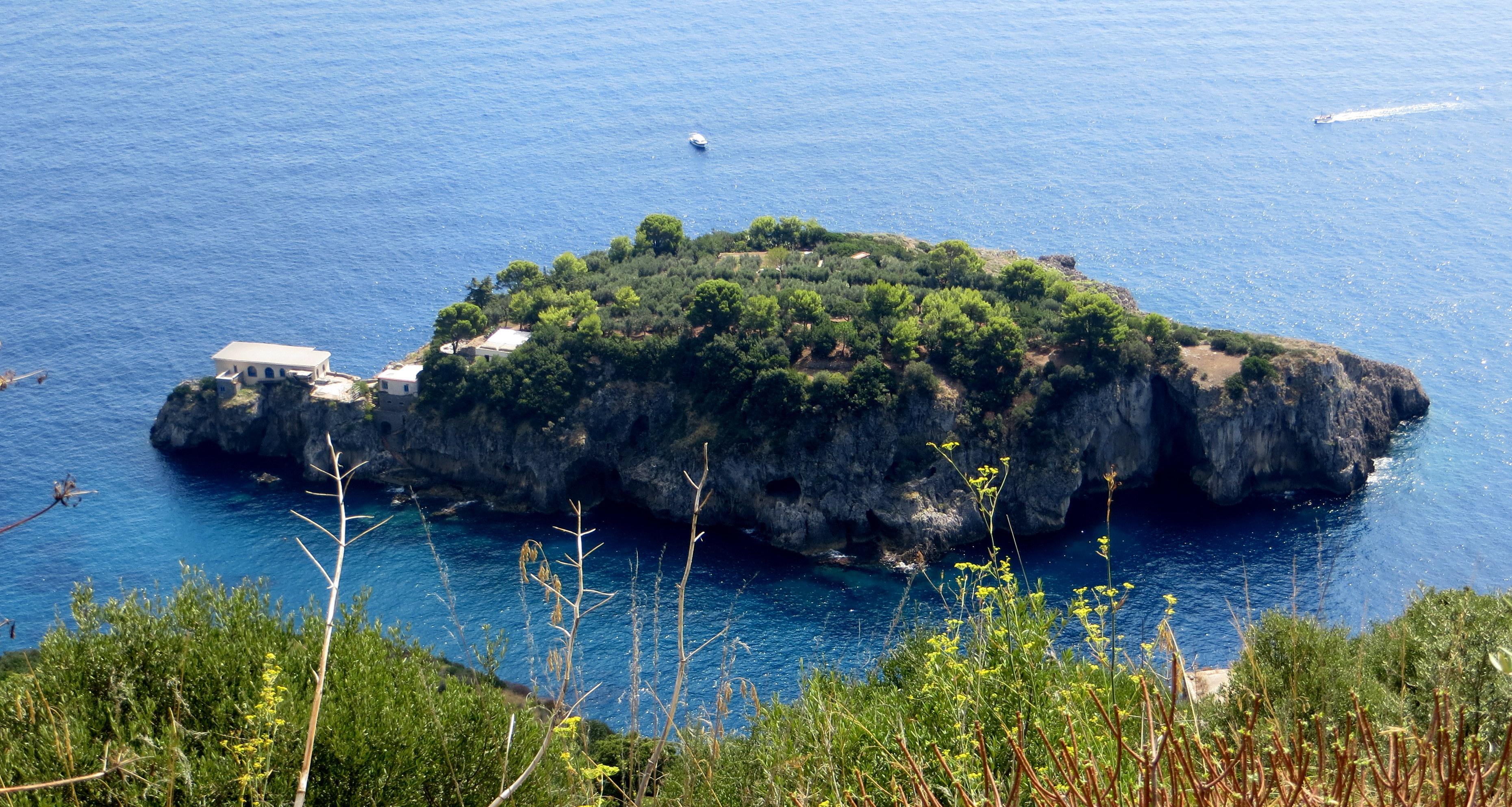L'Isca island