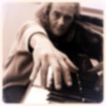 Erik Hofmann piano