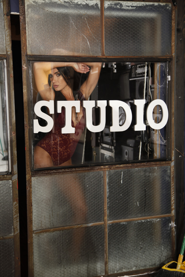 Janine Modonna shoot 6 (480 of 1).JPG