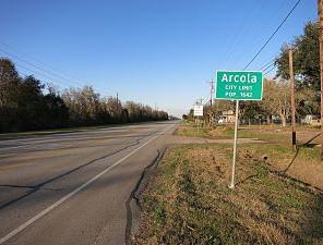 300px-Arcola_TX_Road_Sign.jpg