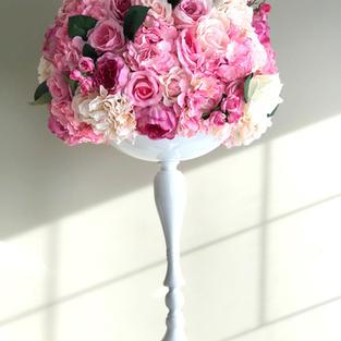 White Flower Stand