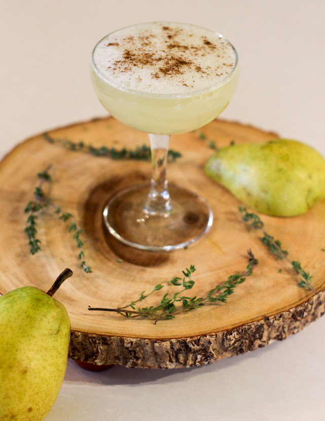 Gettin' Tipsy on: Pear Gin Fizz