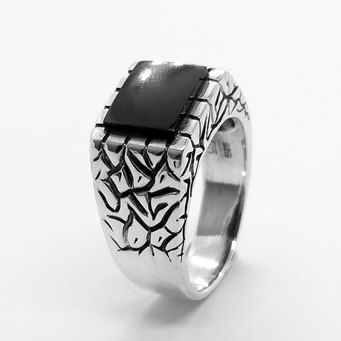 Onyx Crack Pattern Ring / 925 Sterling Silver, Blackened, Solid