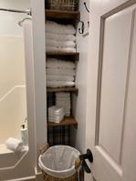 Bathroom_2.1.JPG