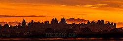 La cité de Carcassonne au coucher du soleil