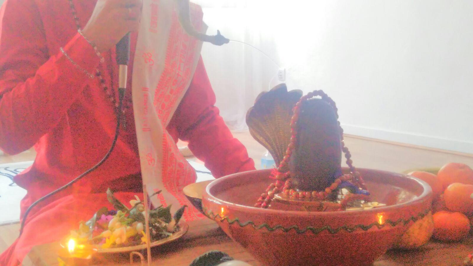 Puja (Ceremonia)
