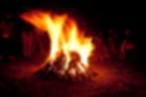 Trabajo-de-grupo-con-el-fuego.jpg