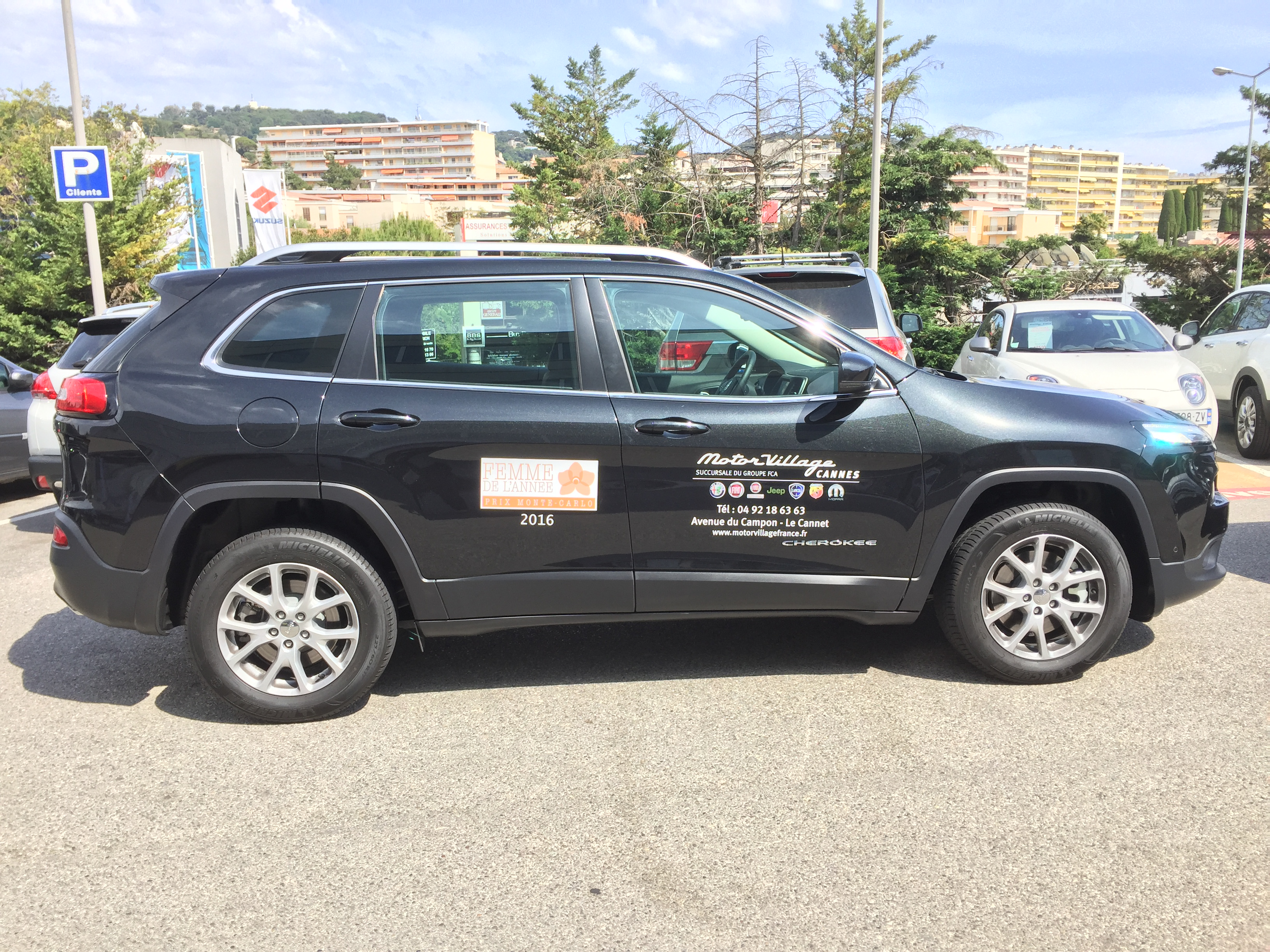 Jeep-Motor Village Cannes-