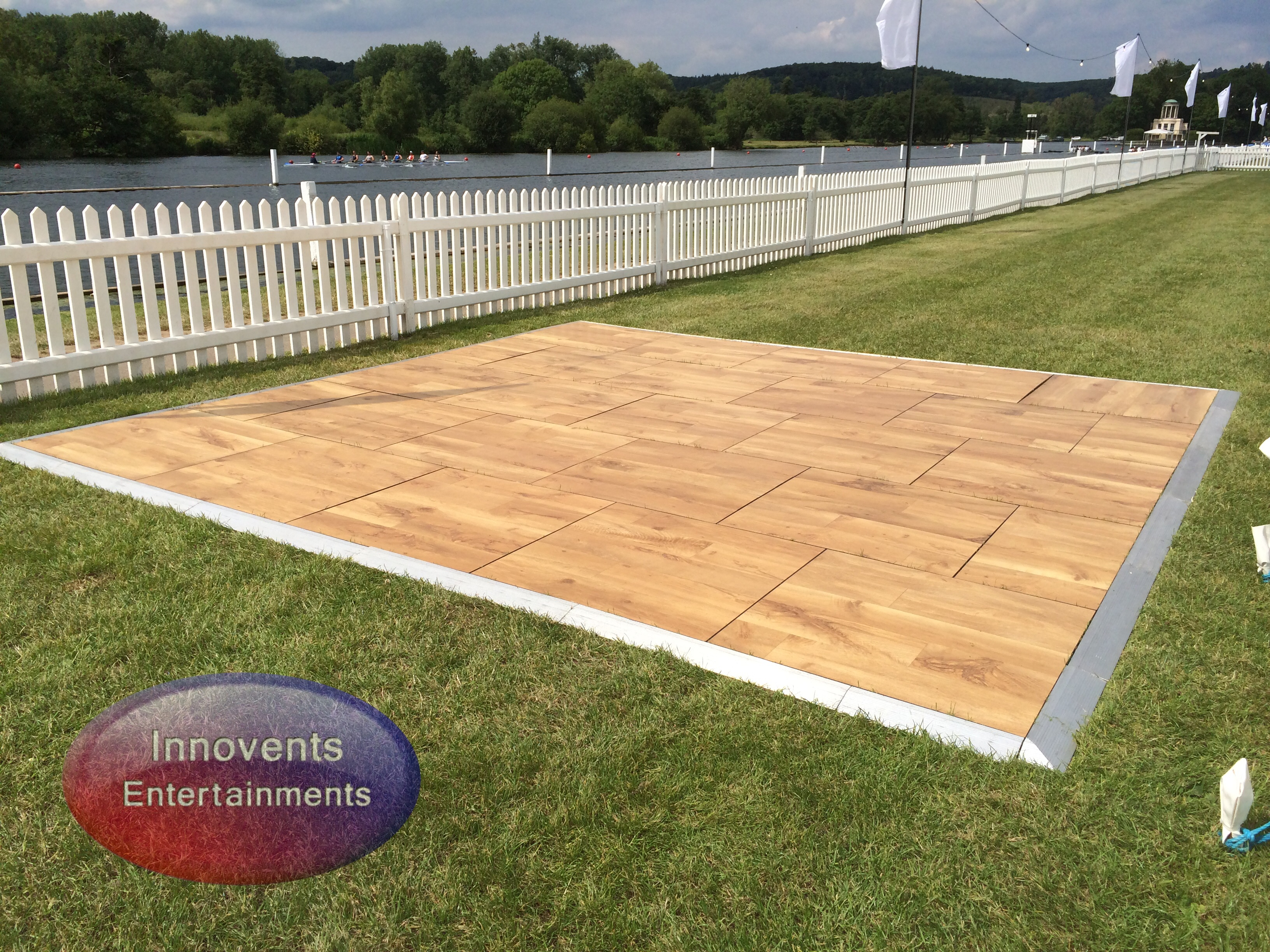 Outdoor Parquet effect dance floor