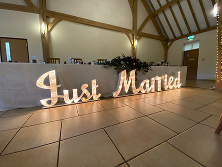 Just Married sign for hire in Berkshire and Hampshire